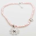 Pearls for Girls. Halsband med pärlor och silverblomma, rosa, längd 45 cm
