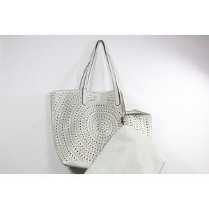 QNUZ väska, vit med hålmönster