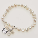 Pearls for Girls. Armband med vita pärlor