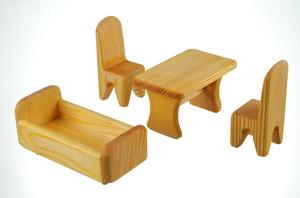 Dockskåpsmöbel: Bord med 2 stolar