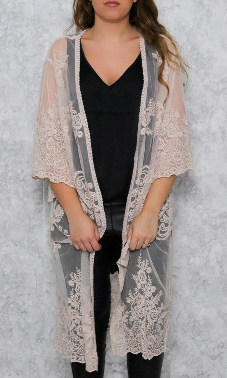 Cape lace pink