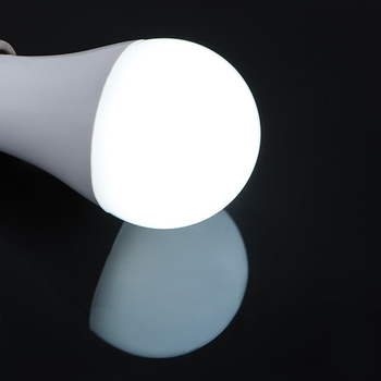 12 Watt Tri-Color E27 LED lampa med 3 valbara färger 2700, 4000 och 6300 Kelvin 1100 lumen motsvarar 70W