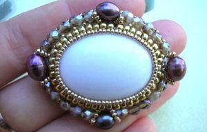 Mönster på pärlat hänge av Olga (Fancy Bezel). (skickas per e-post)