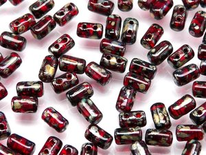 Rulla beads, tjeckisk cylinderformad två hålig pärla,  Opaque Red Picasso. 10 gram