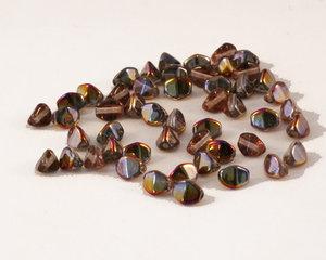 Pressade pinched pärlor, 5 mm. Crystal Sliperit. 50-pack