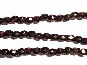 Fasetterad tjeckisk fire polish pärla i mörk rödbronsmetallic, 3 mm. En sträng.