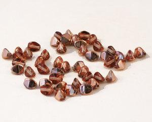 Pressade pinched pärlor, 5 mm. Crystal Capri Gold. 50-pack