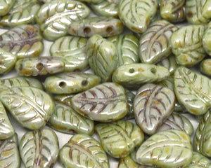 LeafDuo, 7*10 mm. Chalk White Green Luster, 03000/65455. 20 stycken.