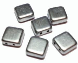 Tjeckisk 2-hålig matt silverfärgad tilepärla, 8*8 mm. 10-pack.