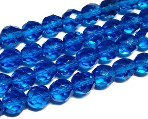 Fasetterade blå pärlor, 8 mm. En sträng.