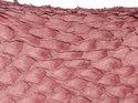 Fiskskinn av lax. Matt rosa, ca 24*6 cm