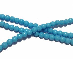 Opaka ljusblå runda glaspärlor, 4 mm. En sträng