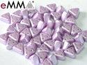 eMMA®, trekantig pärla med tre hål i färgen Pastel Light Rose, 25011. 5 gram