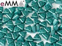 eMMA®, trekantig pärla med tre hål i färgen Pastel Emerald, 25043. 5 gram