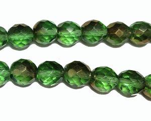 Grön fasetterad rund pårla, 10 mm. En 12 cm sträng.