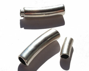 Magnetlås i grekisk kvalitetsmetall pläterat med 999 silver. 30*10 mm.