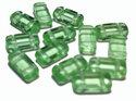 Tjeckisk 2-hålig tilepärla (brick) i crystal äppelgrön, 4*8 mm. 20-pack.