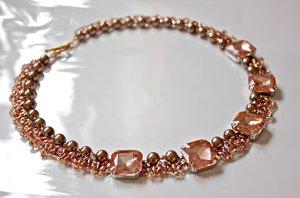 Halsbandsmönster Klara av Olga. (skickas per e-post)