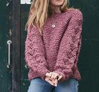 Sweater i rätstickning med mönster på ärmar - Isabella by Permin