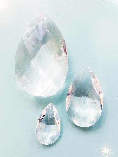 """Prism pendant """"Drop"""" 3,5 cm"""