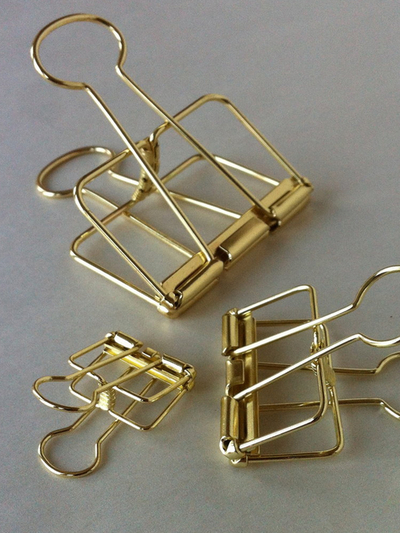 Wire Clip Gold Small 19mm