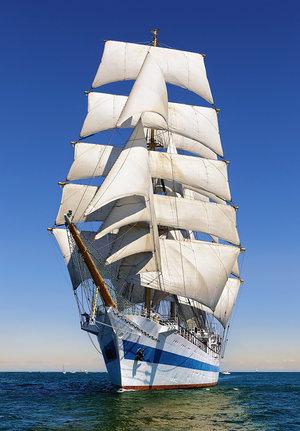 Under Full Sail 1000 Bitar Castorland