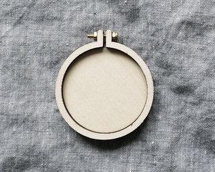 Sybåge i miniformat 5,5 cm från Dandelyne