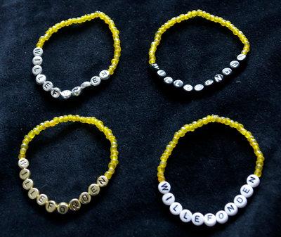 Armband enfärgad gul/vit