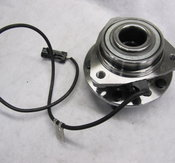 GM-S10 HUB 97-05  4WD w/ABS