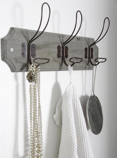 Krokhängare grå vintage sliten Jeanne d´Arc Living