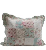 Kuddfodral quilt rosor turkos rosa shabby chic lantlig stil