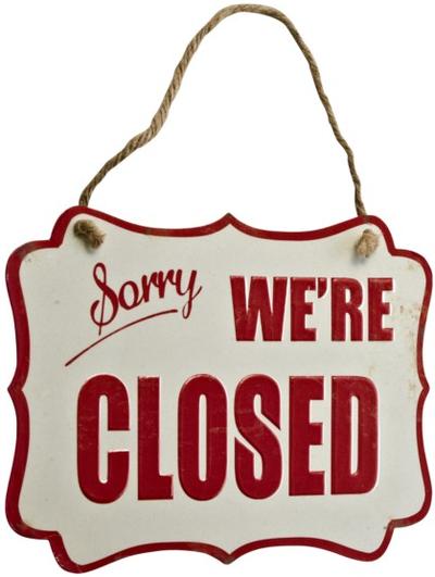 Emaljskylt Sorry we´re closed shabby chic lantlig stil