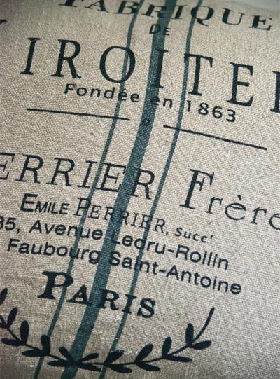 Kuddfodral mjölsäckstryck Paris lin Jeanne d´Arc Living