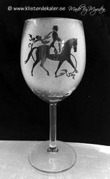 Vineglass Dressage