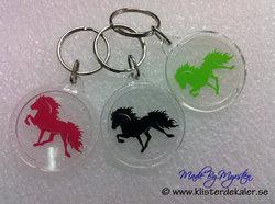 Nyckelring Islandshäst rund