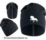 Hat reflective Icelandic horses.