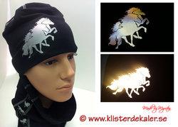 Hat with reflective Icelandic horses