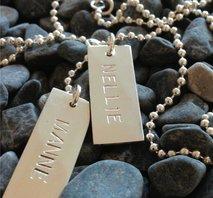 Namnsmycke i silver
