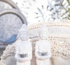 Majas - Buddha on knee