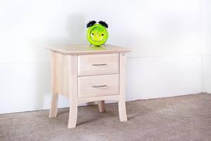 KINO sängbord i björk