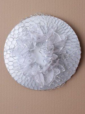 Knutnät i silver med krans av tyll