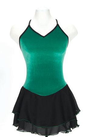 Klänning med vackert flätmönster på ryggen i rosa eller grönt