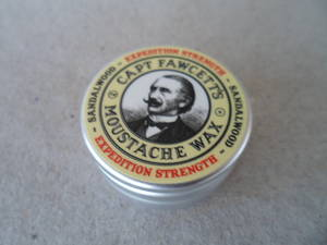MustacheWax SandalWood TILLFÄLLIGT SLUT !