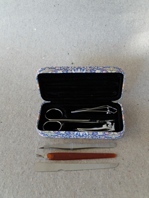 Manikyr kit/Morris