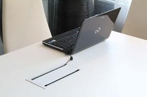 Bi-box kabeldike till konferensbord