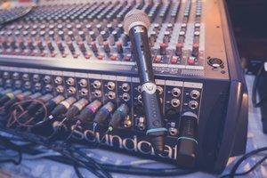 Nu-X B-3 Wireless Microphone System