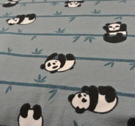 duvblå botten med pandor