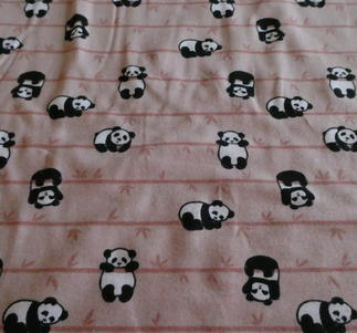 pandor på gamelrosa botten