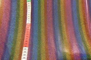 regnbågsfärgat glittertyg