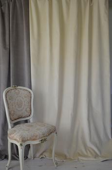 2013  Creme velvet width 140 cm